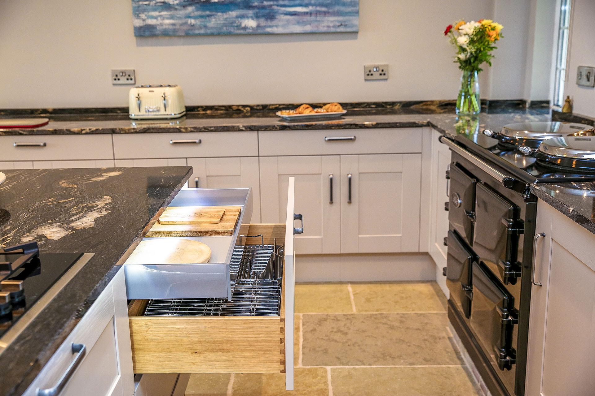 kitchen-drawer-storage