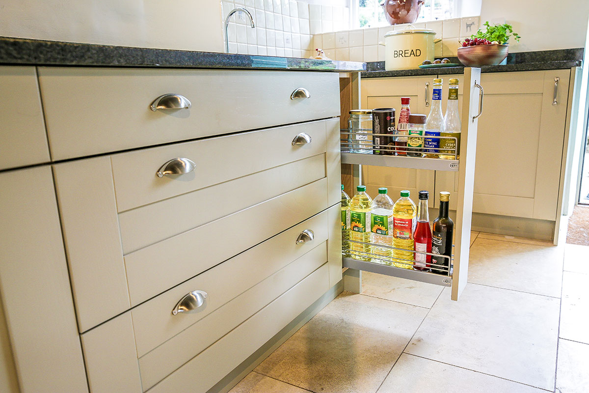 pull-out-storage